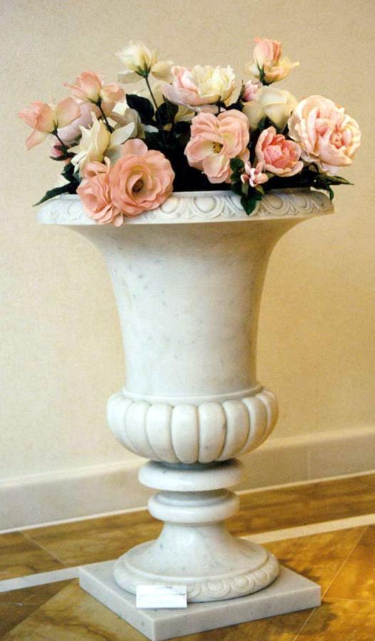 dekorative vasen schalen obelsike u a aus marmor sandstein und granit. Black Bedroom Furniture Sets. Home Design Ideas
